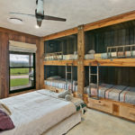 Highfield Ranch & Farm House - Farm family room