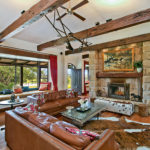 Highfield Ranch & Farm House - Ranch living room